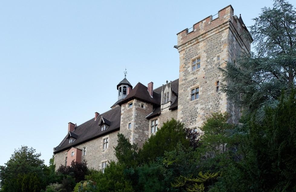 Auvergne-Galerie, Foto #1: Montluçon mit seinem Bourbonen-Schloss. (#1)
